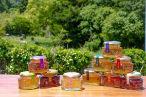 1年で1日限り。最高に美味しいタイミングで採蜜した自然のままの非加熱蜂蜜